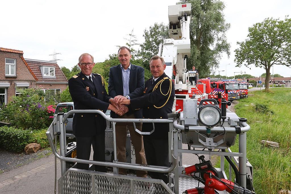 vlnr: de heer Elie van Strien, de heer Peter Bos en de heer John van der Zwan
